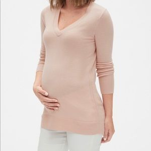 NWT Gap Women's Maternity Sweater. Blush Pink